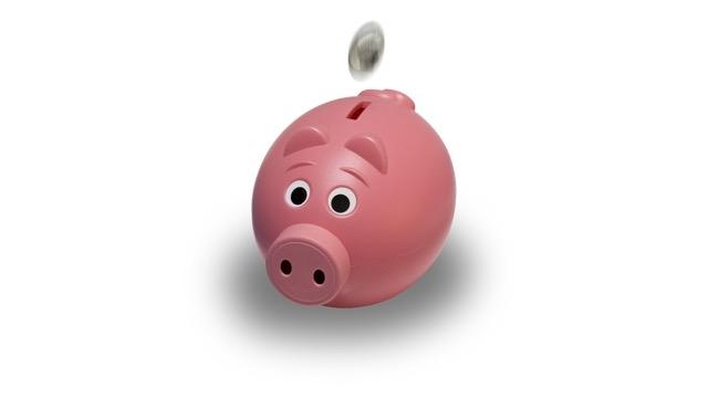 piggy bank Pixabay Joshua Wilson