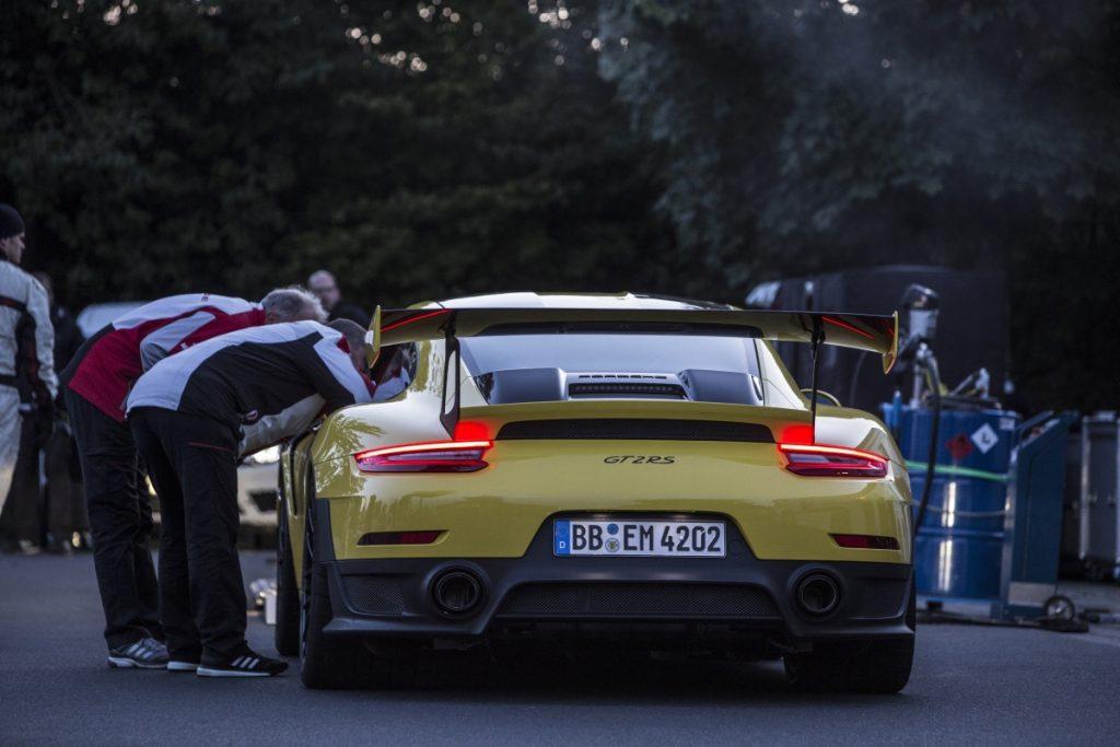 porsche 911 GT2 RS Nuerburgring Nordschleife_heck